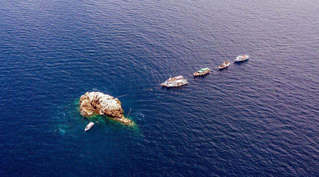 Diving Sail Rock